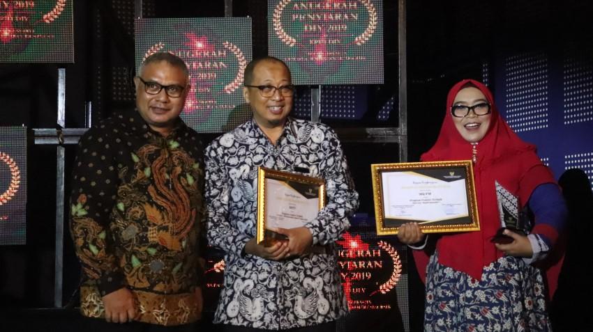 RBTV dan MQFM berhasil meraih penghargaan sebagai Program Feature TV dan Radio Terbaik dalam Anugerah Penyiaran DIY 2019